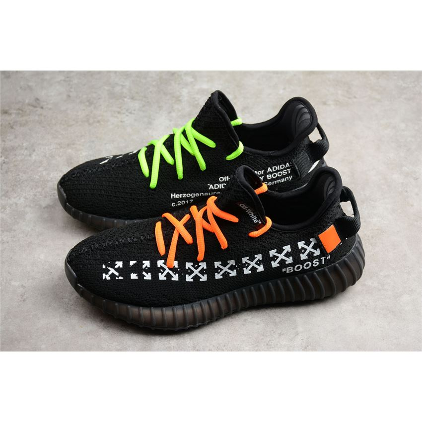 x Adidas Yeezy Boost 350 V2 In Black